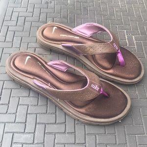 Nike comfort thong sandals